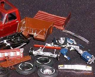 An Unidentified FORD PICKUP TRUCK Model Kit (FOR  PARTS  Only)