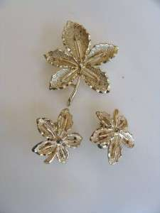 Vintage Sarahoo Gold Leaf Brooch Pin&Earings set Signed
