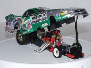 JOHN FORCE 1/24 DIE CAST CASTROL GTX / 3 STOOGES 2003 MUSTANG FUNNY