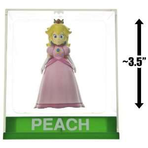 Princess Peach ~3.5 Figure + Display Case Super Mario